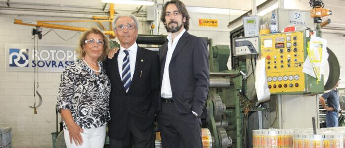 La famiglia Arici che da quarant'anni guida Rotoprint: il fondatore Gian Carlo, la moglie Felicita e il figlio Giovanni Luca.